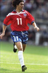 Marcelo Salas. Dejó a la U. de Chile en 1996 y el combinado chileno pagó 492 mil euros a River Pate para volver a contratarlo, en 2005 Foto:Getty Images