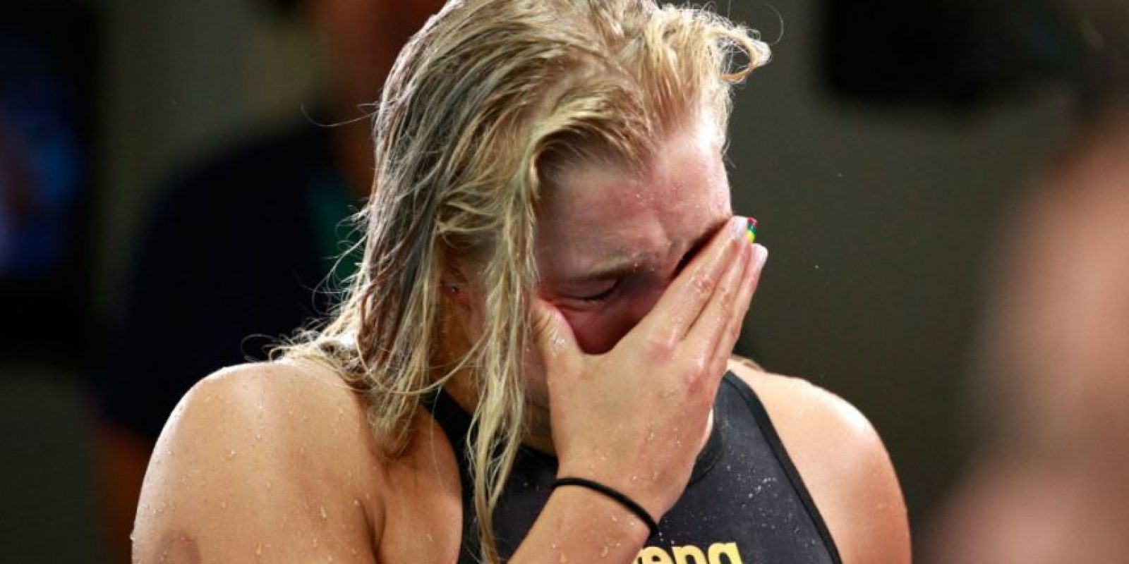 Ruta Meilutyt, nadadora de Lituania, después de perder los 100 metros de pecho Foto:Getty Images