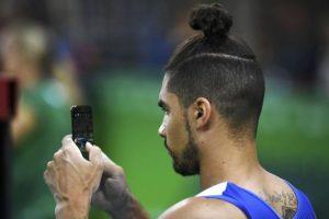 """El gimnasta británico Louis Smith llegó a la moda a Río con el famoso """"Man Bun""""."""