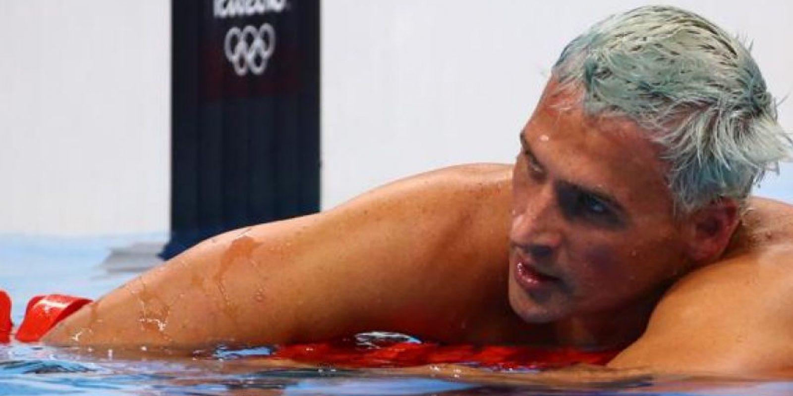 El nadador estadounidense Ryan Lochte se tiño el pelo plateado para las competencias de natación. Lochte ganó una medalla de oro junto a Michael Phelps.