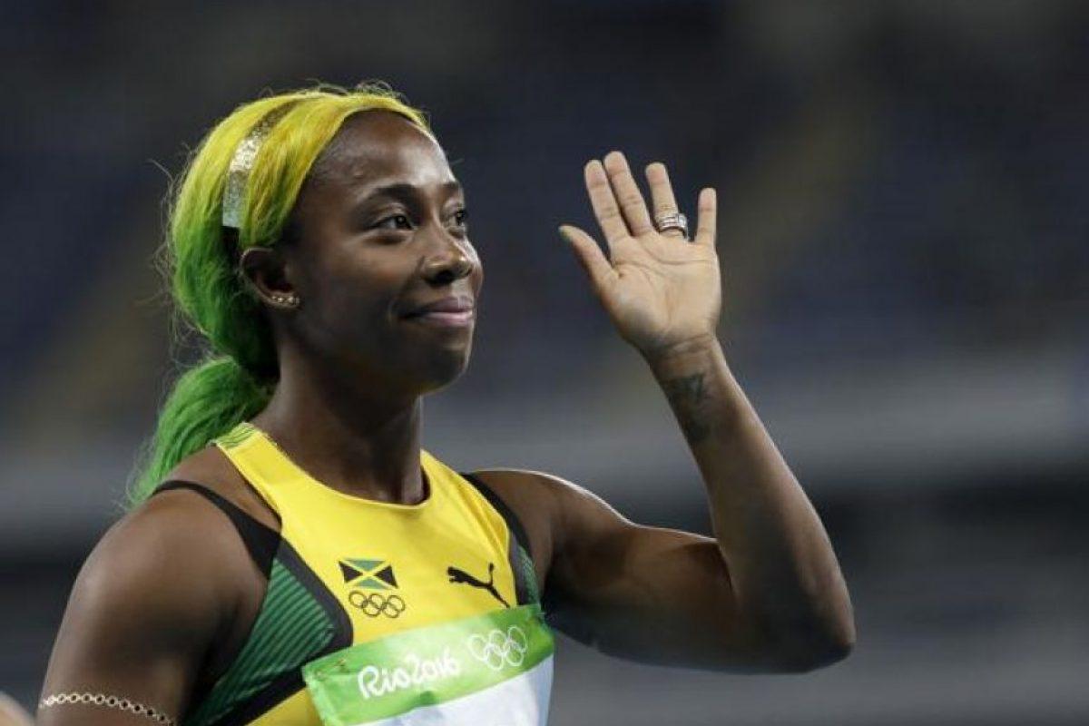 La jamaiquina Shelly-Ann Fraser-Pryce, ya conocida por sus peinados extravagantes, se tiño el pelo de los colores de la bandera de Jamaica.