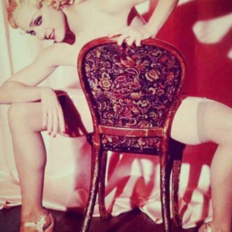 """""""Mi estúpida amabilidad. Yo solo estaba hablando con alguien porque necesitaba dinero para ir a una clase de baile. Y ellos me dieron el dinero"""", recordó a en el programa Howard Stern Show. Foto:Madonna.com"""