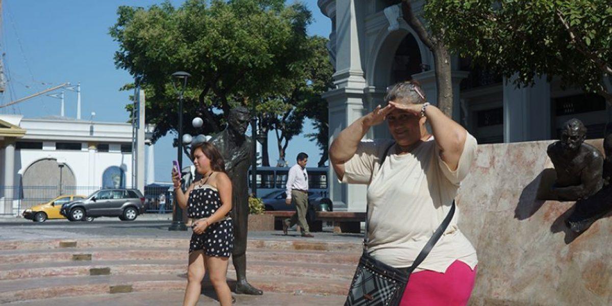Guayaquil soporta intenso sol