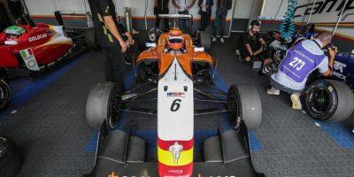 El automóvil que usa Julio Moreno en la categoría de Fórmula 3. Foto:CORTESÍA