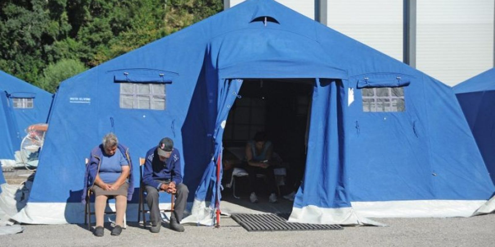Se instalaron refugios temporales en Amitrace Foto:AFP