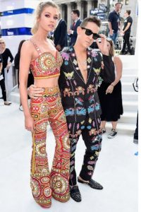 Jeremy Scott de tendencia, pero únicos. Foto: Getty Images