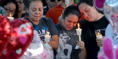 La comunidad le hizo homenajes a la pequeña. Foto:AP