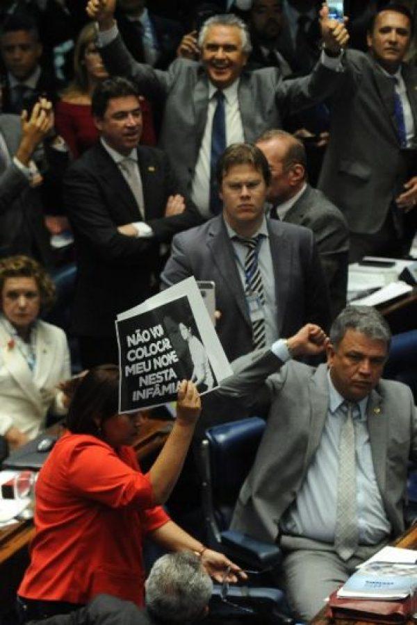 """""""Las generaciones futuras sabrán que la primera mujer en asumir la presidencia se enfrentó al machismo y a la misoginia"""". Foto:AFP"""