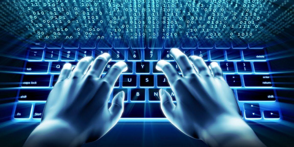 Expertos alertan de atraso de Latinoamérica en transición de internet