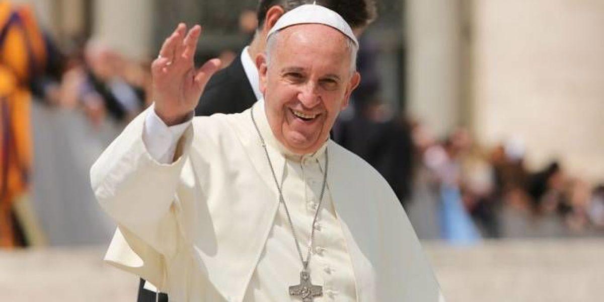 El papa autoriza la absolución indefinida del aborto