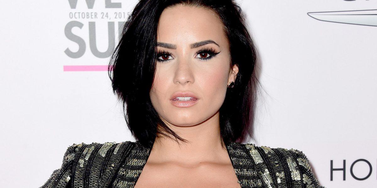 Demi Lovato anuncia que pondrá su carrera en pausa en el 2017