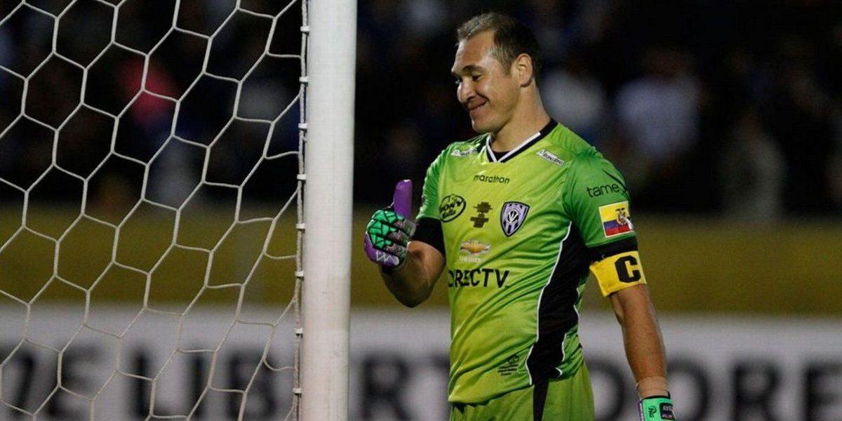 Librado Azcona renovó por tres años con Independiente