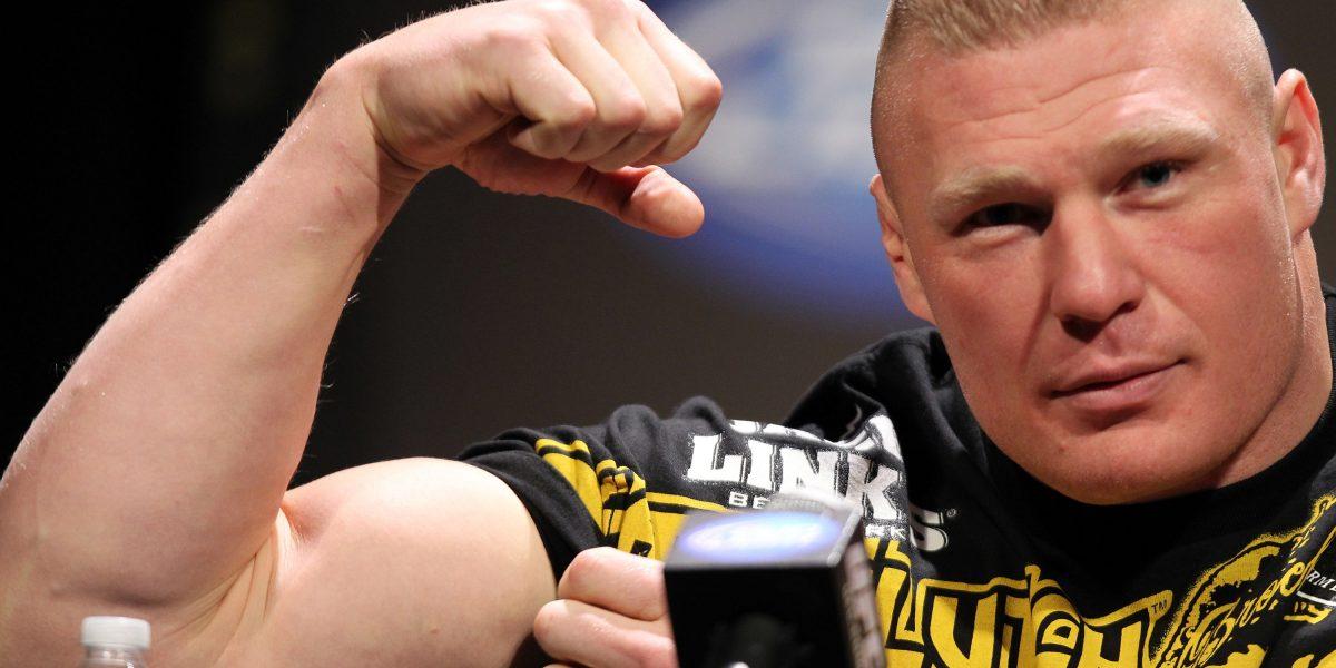 Brock Lesnar reta a pelear a leyenda de WWE