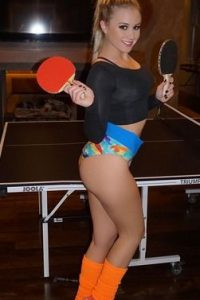 Jessy Erin: La conejita adicta a los autos y el fitness. Imagen Por: Playboy