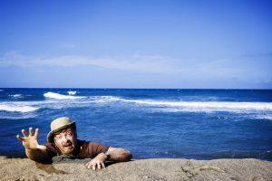"""Wrecked, la nueva serie que desafía a """"Lost"""" con su comedia. Imagen Por: wrecked"""