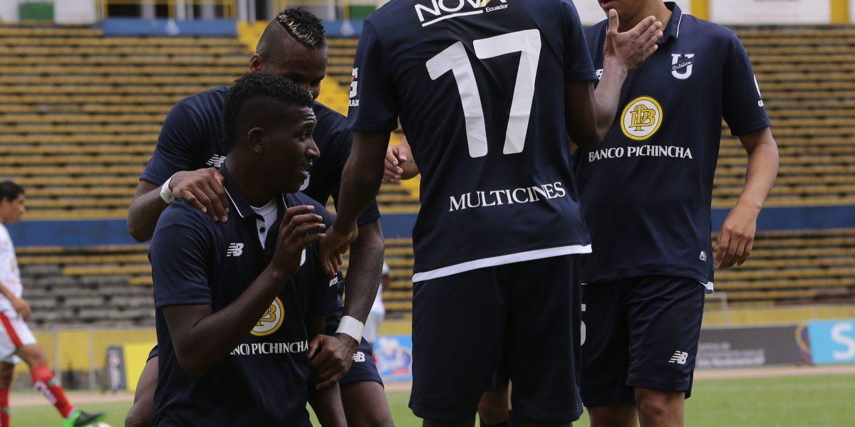 Católica goleó a Mushuc Runa  6-1
