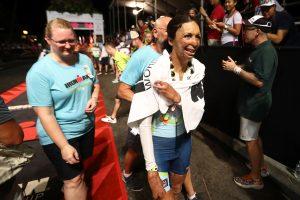Turia Pitt, la exmodelo quemada que terminó el triatlón de Hawáil. Imagen Por: Getty Images