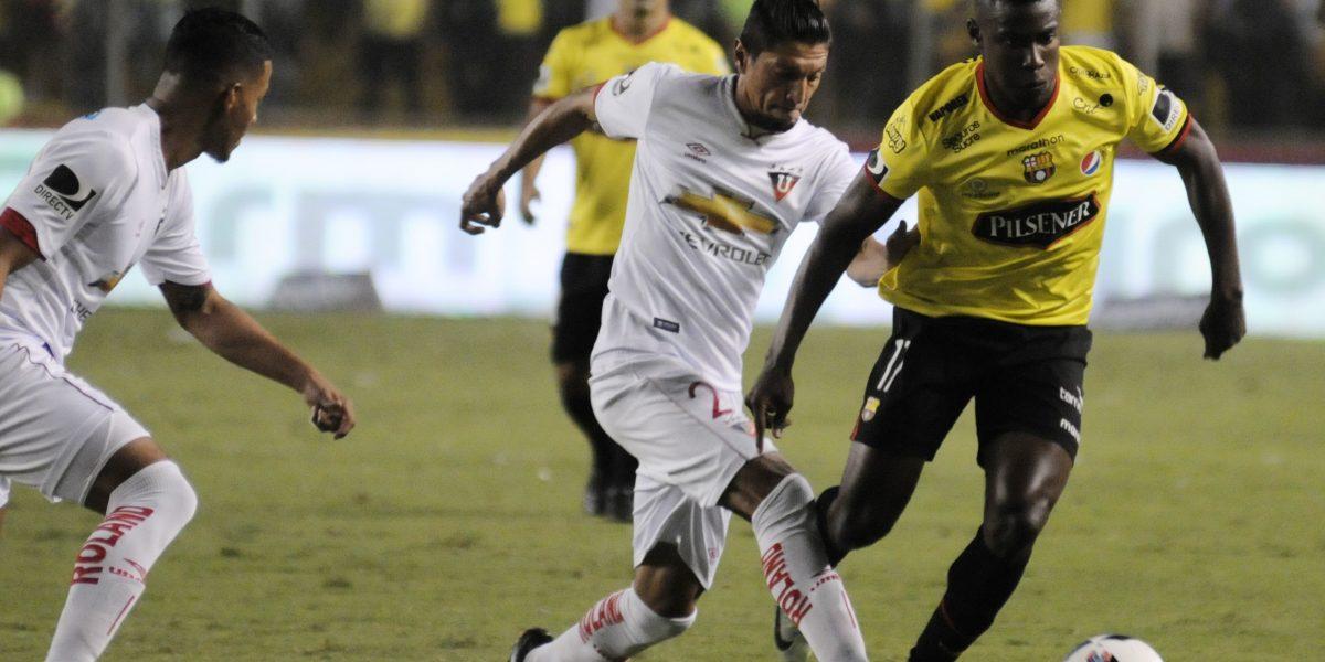 Barcelona intentará romper mala racha ante Liga de Quito