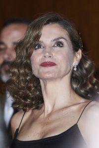 El sexy look de la reina Letizia que desató polémica. Imagen Por: Grosby Group