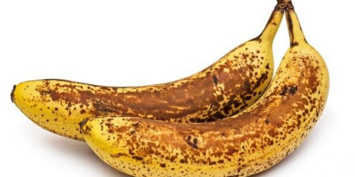 ¿Es bueno consumir banano con manchas negras?