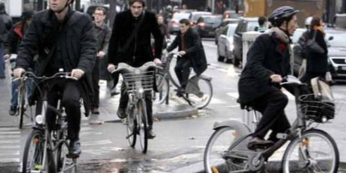 Funcionarios tendrán mediodía libre si usan bicicleta en Colombia