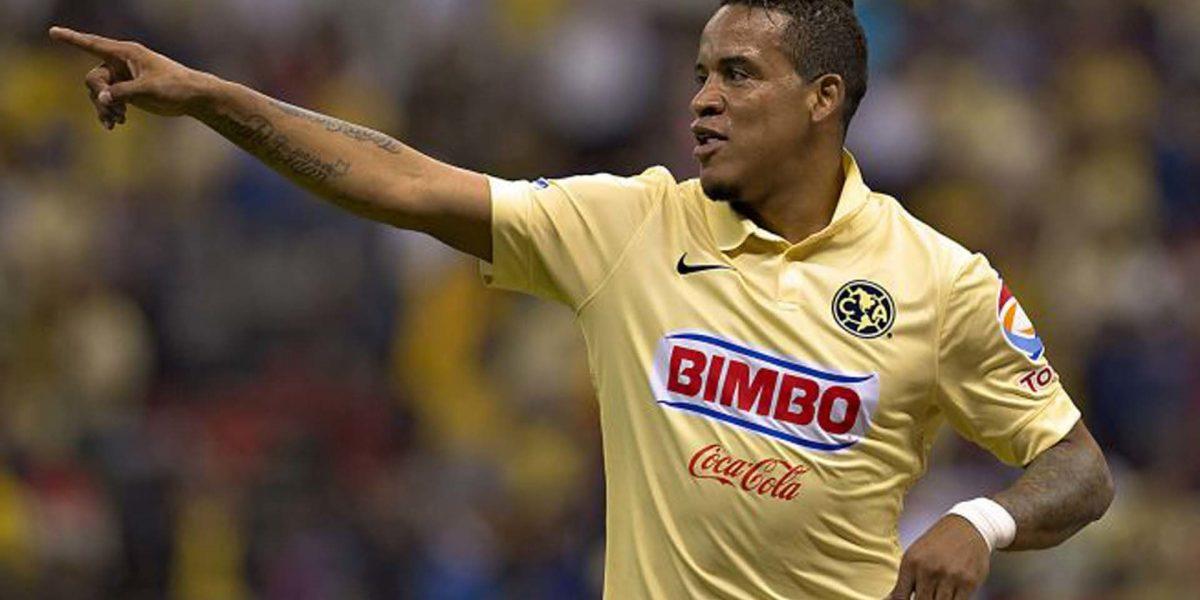 Michael Arroyo le dedicó un gol al Chucho Benítez