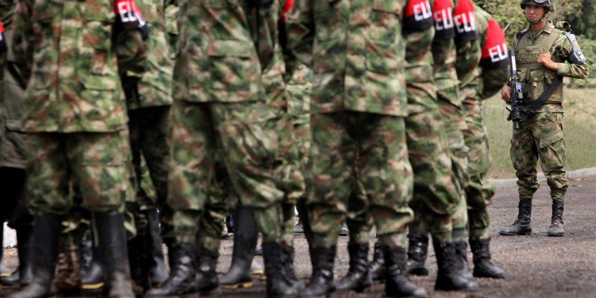 Ejército colombiano denuncia que guerrilla del ELN asesinó a dos camioneros
