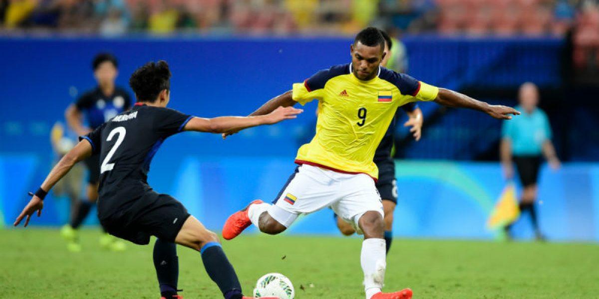 Joven colombiano pelea el