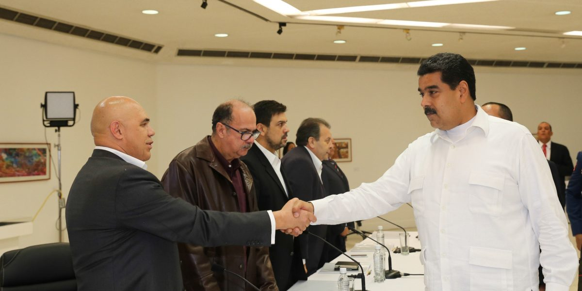 Gobierno y oposición venezolanos crean 4 mesas inmediatas de trabajo