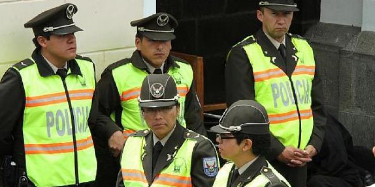 48.638 policías garantizarán la seguridad durante el feriado