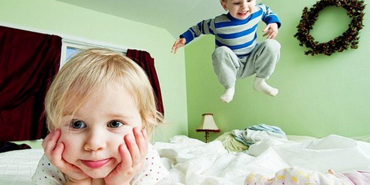 Niños felices son inquietos y revoltosos