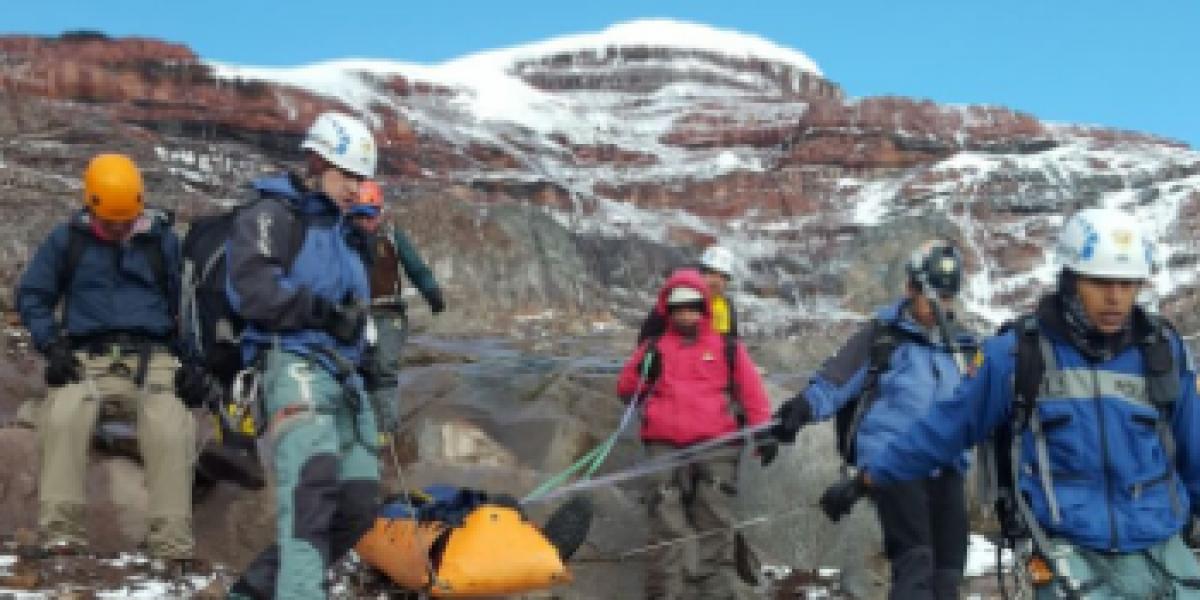 Cuerpo de ciudadano suizo fue rescatado en el volcán Chimborazo