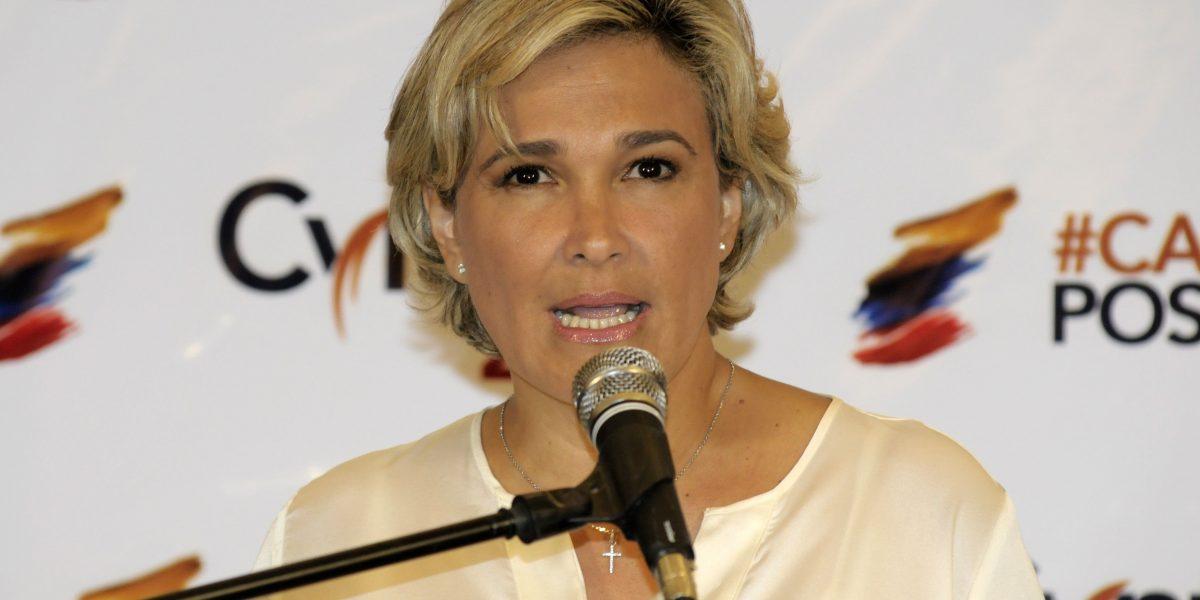 Cynthia Viteri presenta hoy su renuncia a la Asamblea Nacional