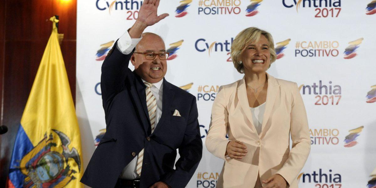 Cynthia Viteri anunció a Mauricio Pozo como su binomio
