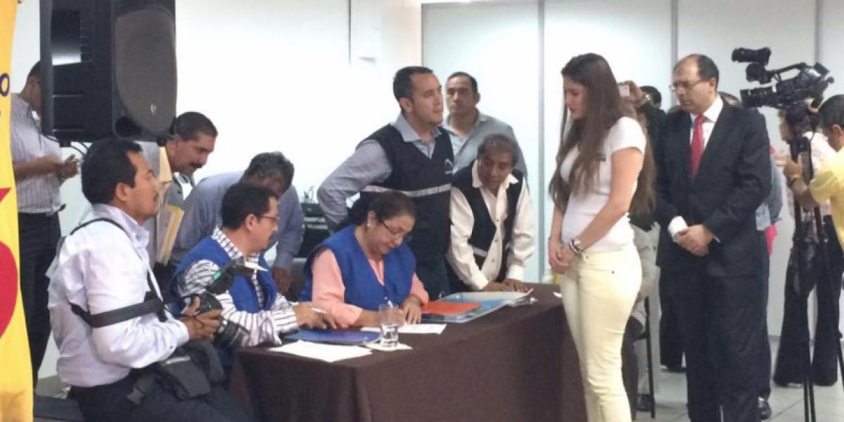 Cristina Reyes y Dallyana Passailaigue se postulan para la Asamblea Nacional