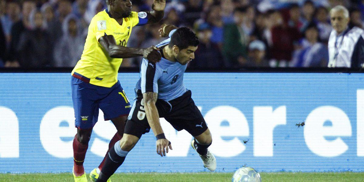 Uruguay vence a Ecuador y se mantiene invicto en casa