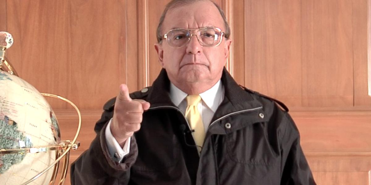 Personajes de TV se inscribirán con partido de Álvaro Noboa