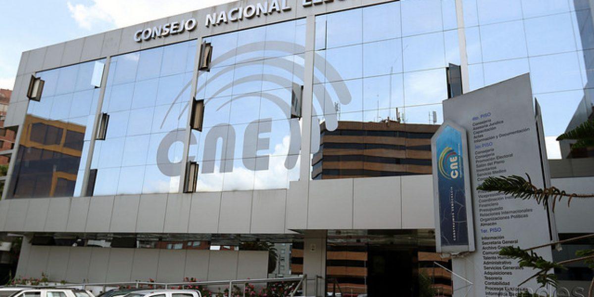 Inicia distribución del material electoral para los comicios en Ecuador