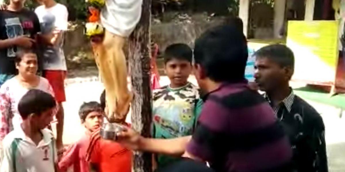 Estatua de Jesucristo en India derrama