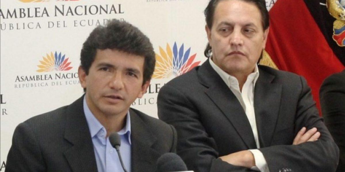 Sin efecto orden de prisión contra Jiménez y Villavicencio