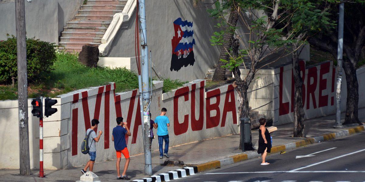 Hoy comienzan actos oficiales para despedir a Fidel Castro