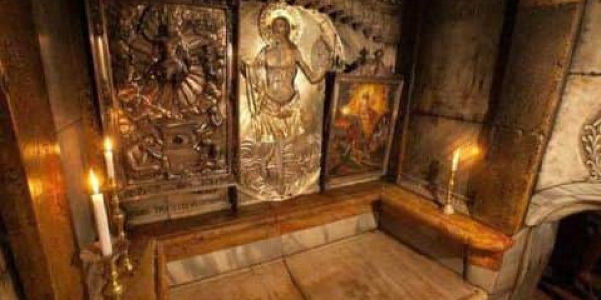 Lo que hallaron arqueólogos al abrir la tumba de Jesús