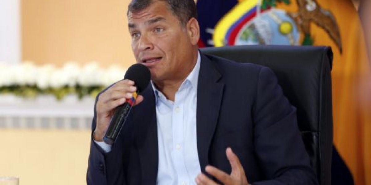 Rafael Correa se solidarizó con Chapecoense y sus familiares