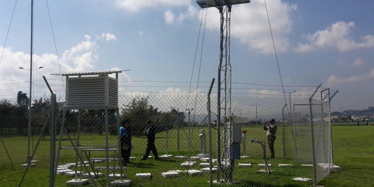 Instalan estaci n meteorol gica en parque bicentenario for Estacion meteorologica barata