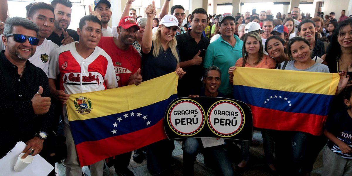 Perú otorga visas temporales a migrantes venezolanos