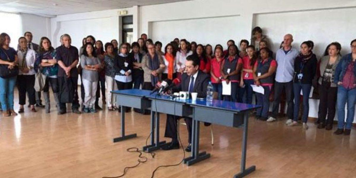 Colectivo de colegio en Quito sale en defensa de profesor acusado de violación