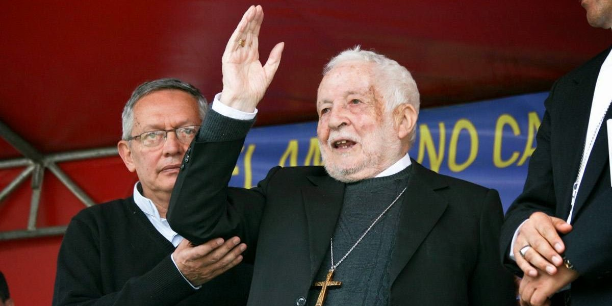 Correa informó que falleció el Monseñor Luna Tobar