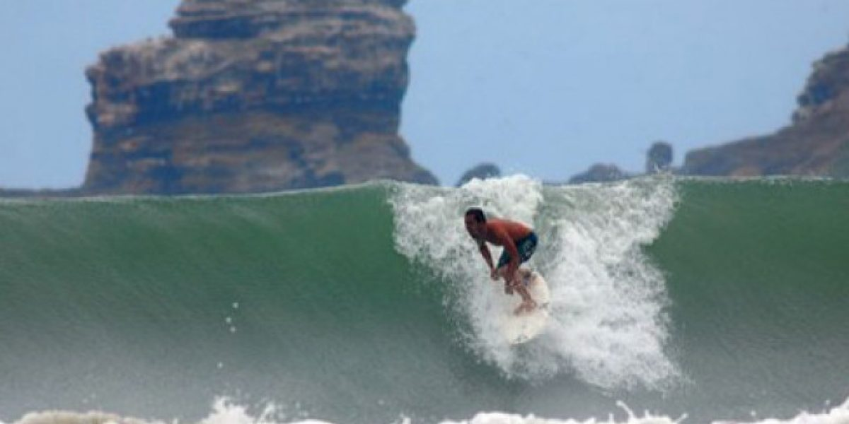 Montañita figura en el surf por su playa