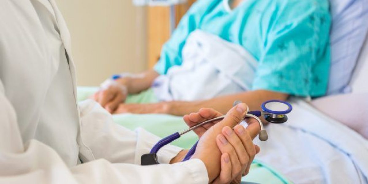 Hospitales públicos británicos cobrarán a extranjeros