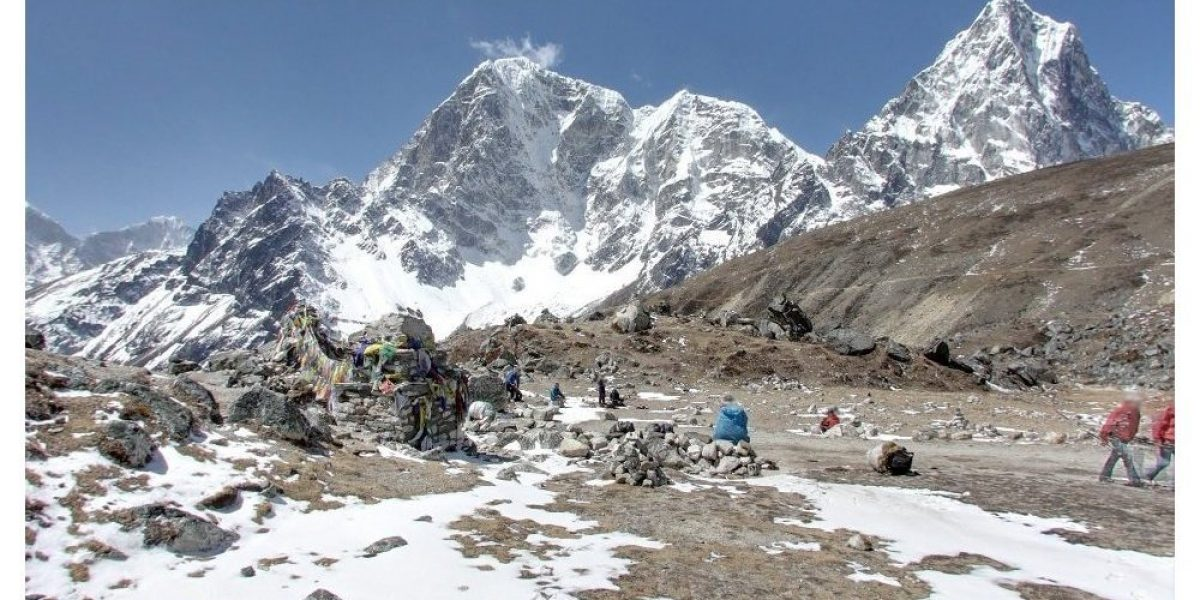 Nepal intentará que el wifi llegue al Everest en seis meses